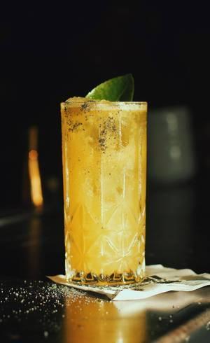 Drink Guarita, sal e pepino