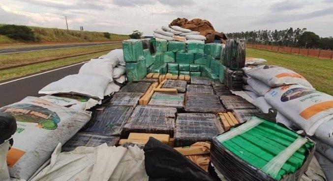 Do total, mais de 130 toneladas eram de correspondente a cargas de maconha