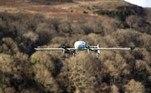 Os drones facilitam a logística de distribuição de itens importantes na pandemia. Além de fazer trajetos longos ficarem mais rápidos também permite que mais entregas sejam feita em um período mais curto