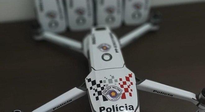 Em média 50 drones da PM são usados por dia no Carnaval de SP