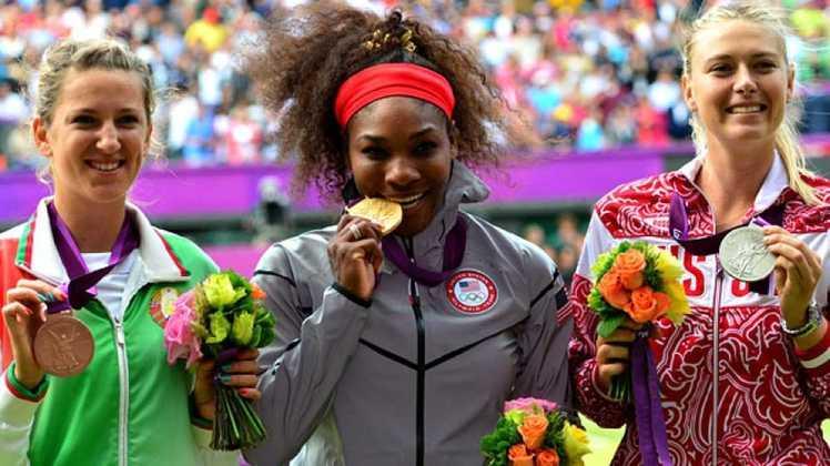 Duas grandes expoentes do tênis feminino, a americana Serena Williams e a russa Maria Sharapova não têm uma relação amistosa. Na autobiografia de Sharapova, em 2017, 'Unstoppable: My Life So Far', ela enfatiza que ambas não se davam bem. Ao todo, Serena venceu Sharapova 20 vezes, e a russa ganhou apenas duas vezes.
