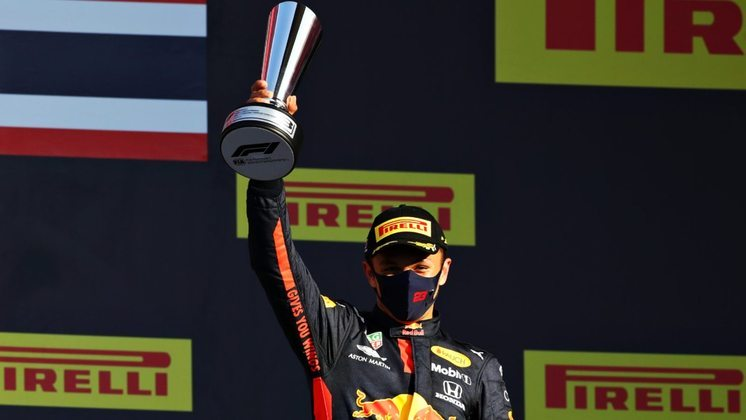 Duas vezes no pódio para Alex Albon, que foi rebaixado para reserva da Red Bull.