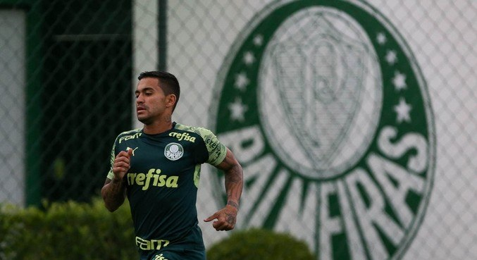 Dudu ainda precisa recuperar condição física para voltar a jogar pelo Palmeiras