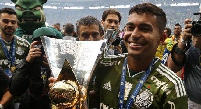 Dudu foi campeão Brasileiro, por duas vezes, e também da Copa do Brasil.