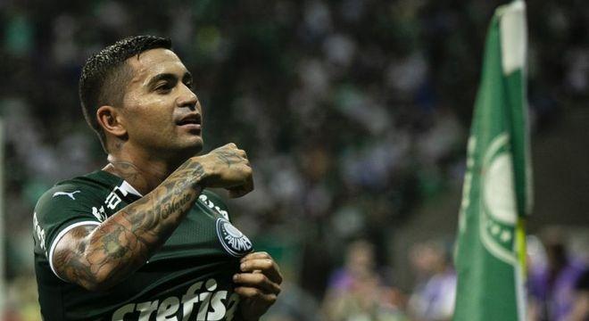 305 jogos e 70 gols. Dudu teve uma passagem excelente pelo Palmeiras