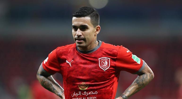 35 jogos oficiais, o brasileiro marcou 15 gols e deu 17 assistências no Al Duhail