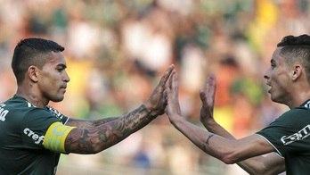 __Palmeiras segura Internacional e vence a primeira no Brasileirão__ (Daniel Vorley/Estadão Conteúdo - 22.04.2018)