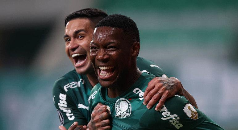 Dudu e Patrick celebram não só a vitória. Mas a certeza da força para buscar o tri da Libertadores