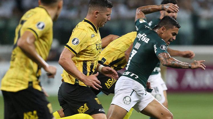 Dudu se despediu do Palmeiras pela competição com vitória sobre o Guaraní, no Allianz Parque. Este foi o único jogo do Verdão com público em casa no torneio e Luxemburgo escalou quatro atacantes