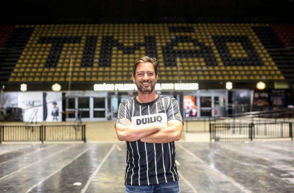 Duílio foi eleito novo presidente do Corinthians. Apoio fundamental de Andrés