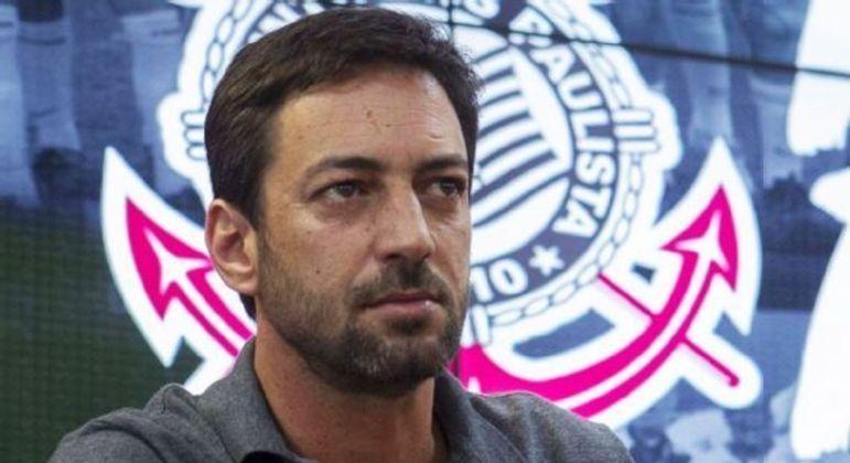 Duilio Monteiro Alves não contratou nenhum jogador, desde que assumiu a presidência