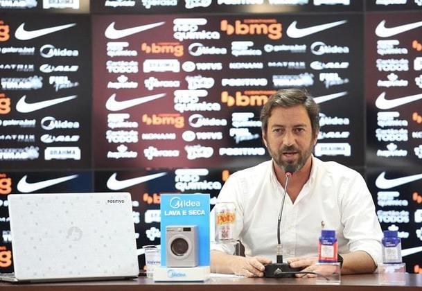 Duilio Monteiro Alves - Foi diretor-adjunto do Corinthians entre 2011 e 2014, ou seja, trabalhou com Renato Augusto entre 2013 e 2014. Hoje é presidente do Timão.