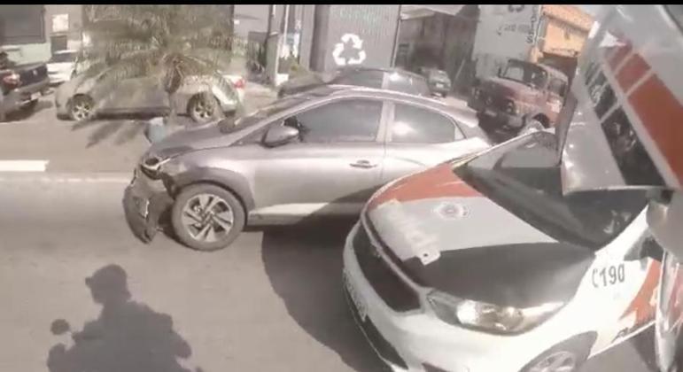 Dupla é presa após perseguição policial em Santo André (SP). Um dos policiais estava com uma câmera acoplada no capacete