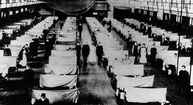 Durante a epidemia de gripe espanhola em 1918, depósitos foram usados para manter as pessoas infectadas em quarentena