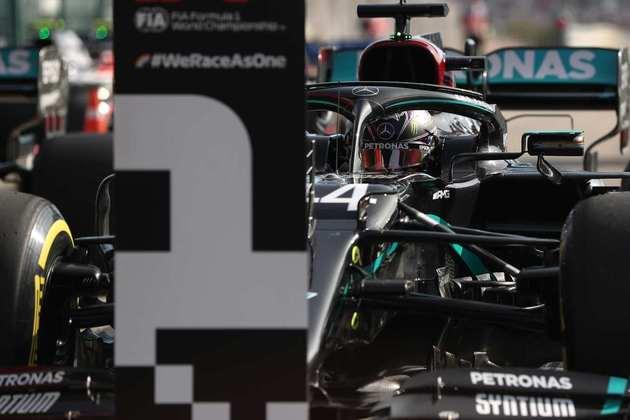 Durante o Briefing, o GRANDE PRÊMIO deu notas para as atuações dos pilotos durante o GP de Portugal. As avaliações são de Victor Martins, Evelyn Guimarães, Flavio Gomes, Rodrigo Berton e membros do Clube GP. Confira! (Por Grande Prêmio)