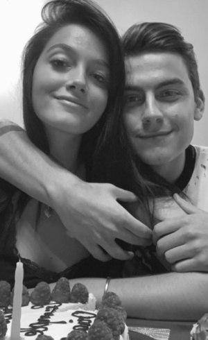 Dybala está em isolamento com namorada
