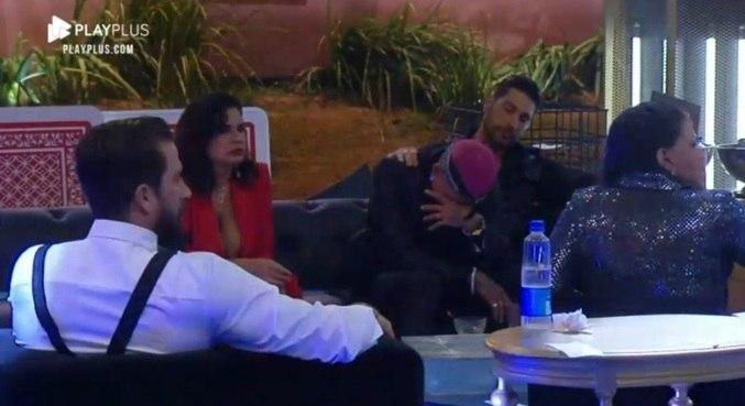 Dynho chorou ao ouvir hit de MC Kevin durante a festa de sexta-feira (8)