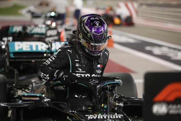 É a décima pole-position de Hamilton em 2020.