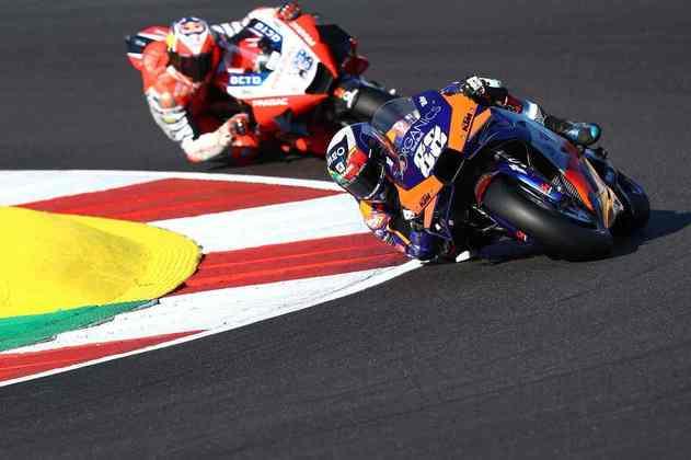 É a primeira pole de Oliveira na MotoGP