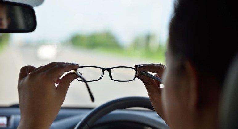 E, além de tudo isso, também possui fitoquímicos que melhoram a visão.