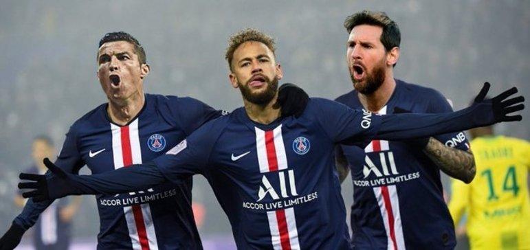 E esse trio jogando junto no PSG? Messi, Cristiano Ronaldo e Neymar levando o clube francês a outro patamar