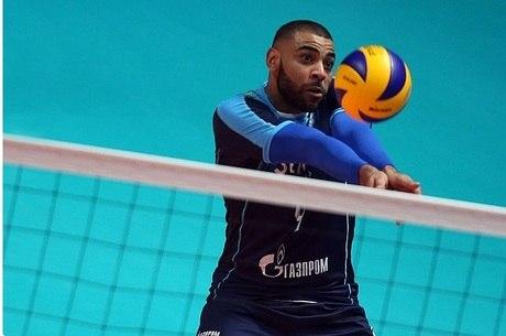 Ngapeth joga vôlei pelo time russo Zenit-Kazan