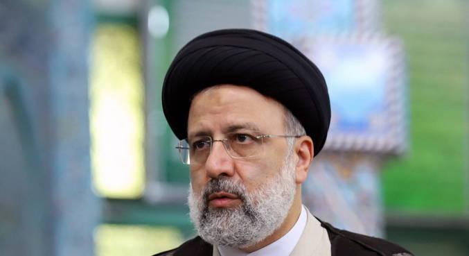 Ultraconservador Raisi é eleito presidente do Irã no primeiro turno