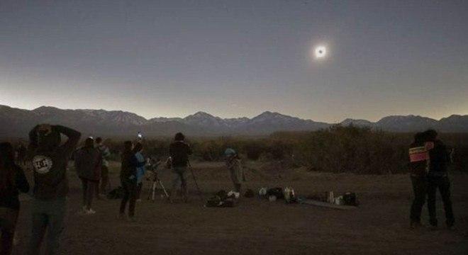 Um eclipse solar anular acontecerá em junho