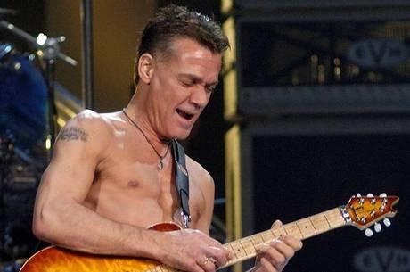 Eddie Van Halen morreu de câncer nesta terça-feira (6)