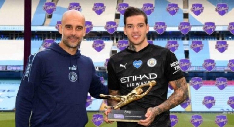Ederson e Guardiola - Luva de Ouro - Manchester City