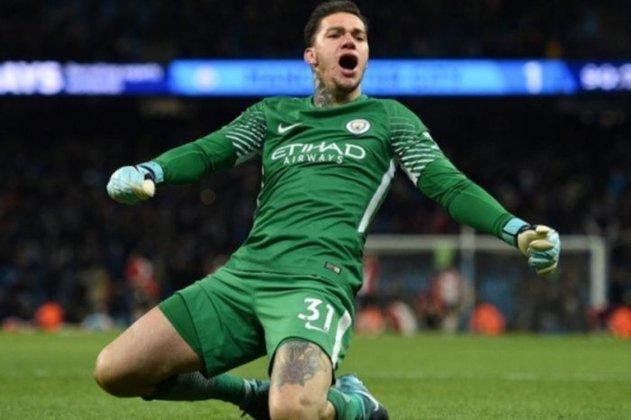 EDERSON (G, Manchester City) - Ganhou a titularidade no decorrer da Copa América e estaria na lista de convocados em setembro se não houvesse o veto a jogadores que atuam na Premier League. É um nome muito cotado na lista.