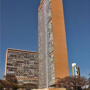 Conjunto com duas torres foi projetado por Niemeyer em 1952