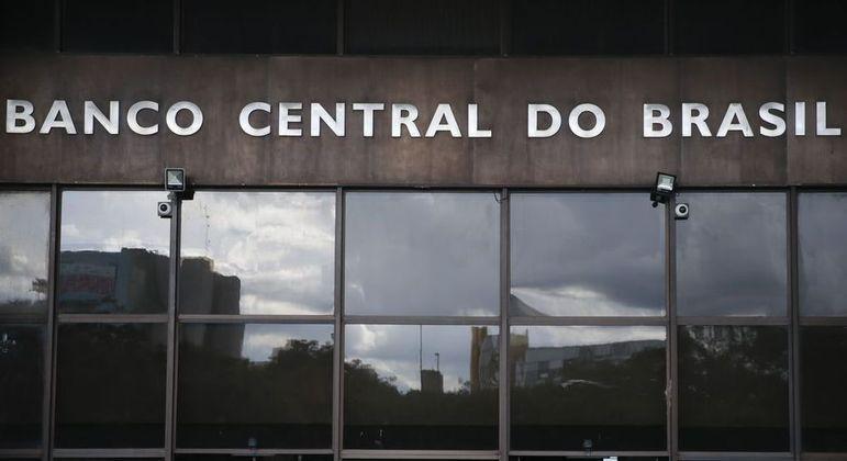 Balanço do BC mostra que entrada pelo canal financeiro neste ano foi de US$ 3,028 bilhões