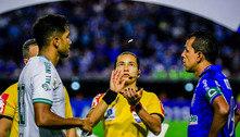 Pela primeira vez, uma mulher apita Corinthians e Palmeiras