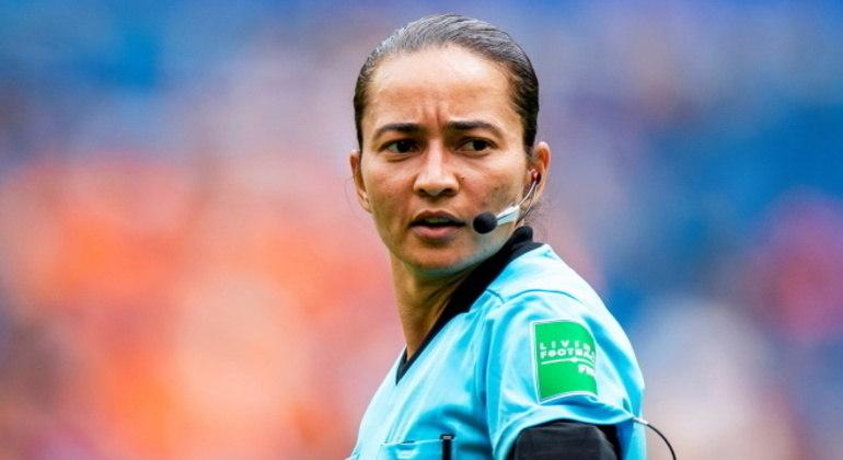 Em 2019, Edina Alves apitou a semifinal da última Copa do Mundo Feminina