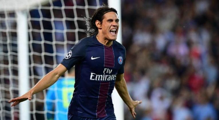 Edinson Cavani (20 milhões de euros): Uruguai, atacante, 33 anos, último clube: Paris Saint-Germain