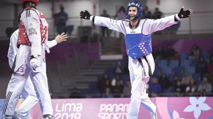 Edival Pontes estreia no taekwondo (68 kg) contra um lutador turco, às 1h.Se for avançando, ganha medalha pela manhã de domingo.