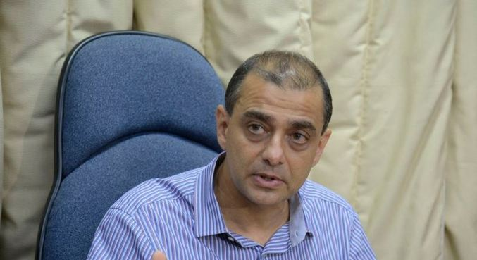 """Empresário teria """"encaminhado o currículo"""" de Santos para o governo"""