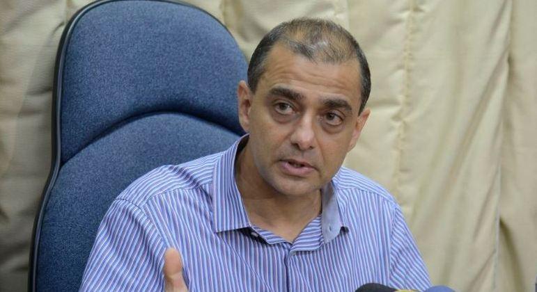 Ex-secretário retornou atividades como professor universitário e médico no Rio