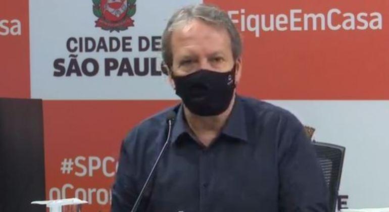 Prevalência da covid-19 na cidade de SP é de 13,9%, diz secretário municipal de Saúde de SP