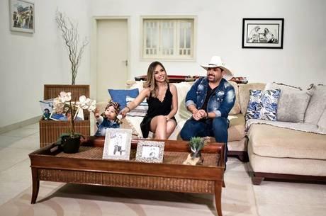 Edson e Deia Cipri mostram a rotina da família