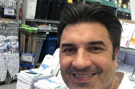 Edu Guedes passou por cirurgia no antebraço esquerdo