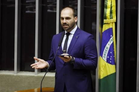 Posição de Eduardo foi rebatida por embaixador