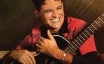 Eduardo Costa dava os primeiros passos na carreira artística em 2001. O cantor lançou Ilusão, primeiro álbum, produzido com o maestro Pinocchio. Do trabalho, a faixa Coração Aberto se destacou e fez sucesso