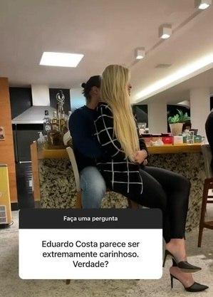 Namorada de Eduardo postou foto com sertanejo