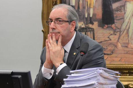 Fachin abre inquérito para apurar compra de votos de Cunha