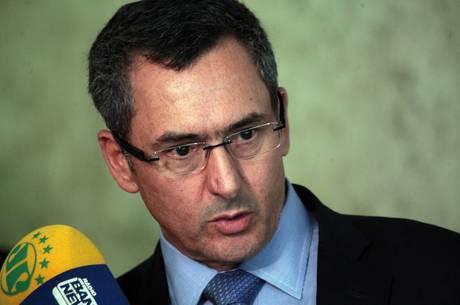 Governo deve compensar corte de receita, diz Guardia