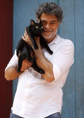 Eduardo Moscovis e o gato