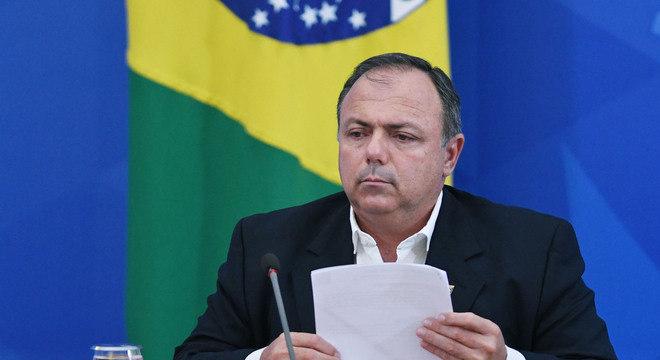 Pazuello é o novo ministro interino da Saúde do governo Bolsonaro