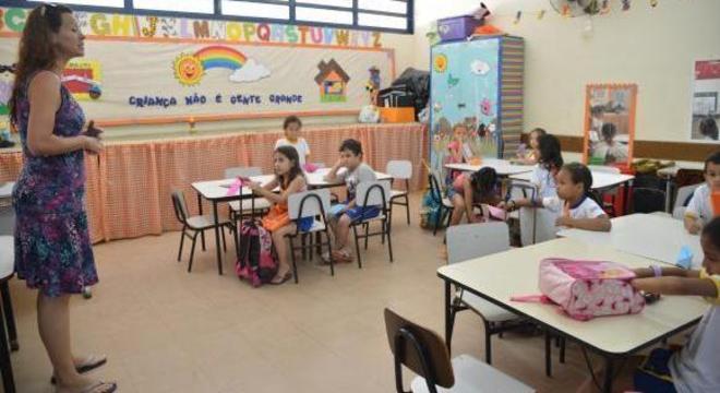 Norma estabelece dez competências e serve de referência para currículos